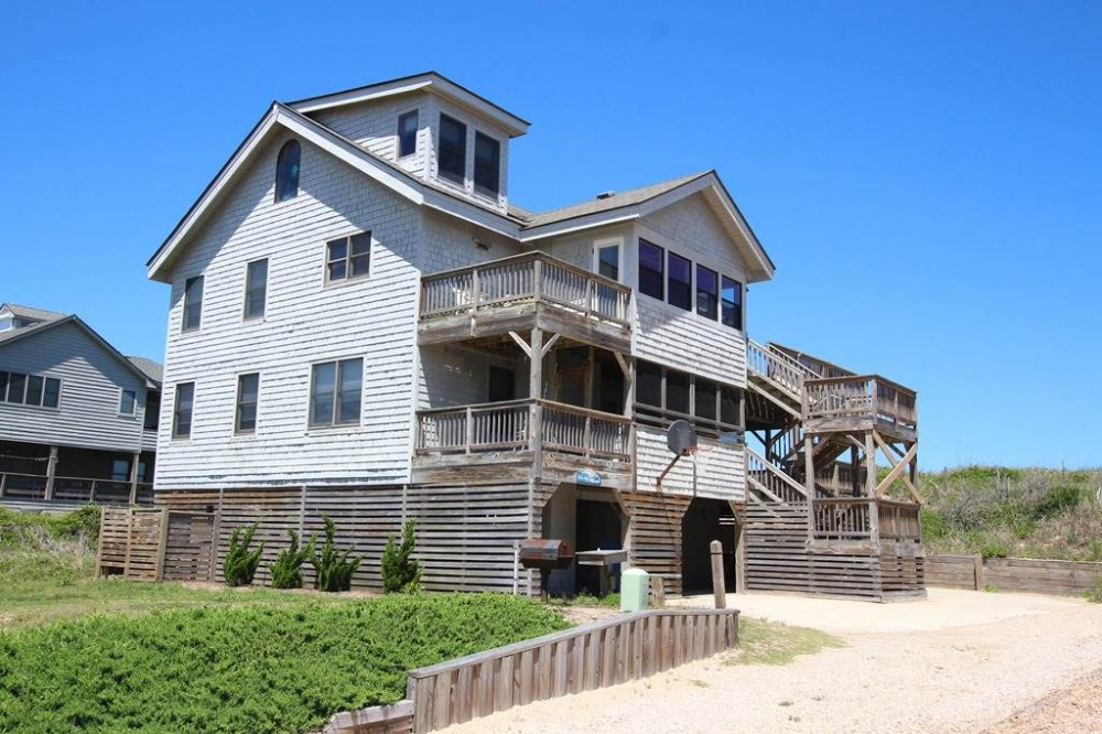 Duck vacation rental with Ocean Island