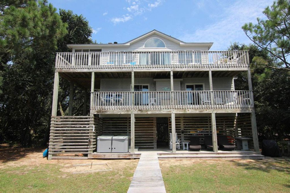 Duck vacation rental with Sound Mind