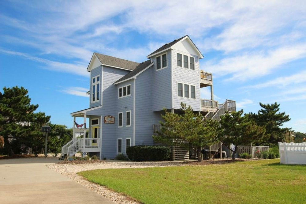 Duck vacation rental with Blew Bayou