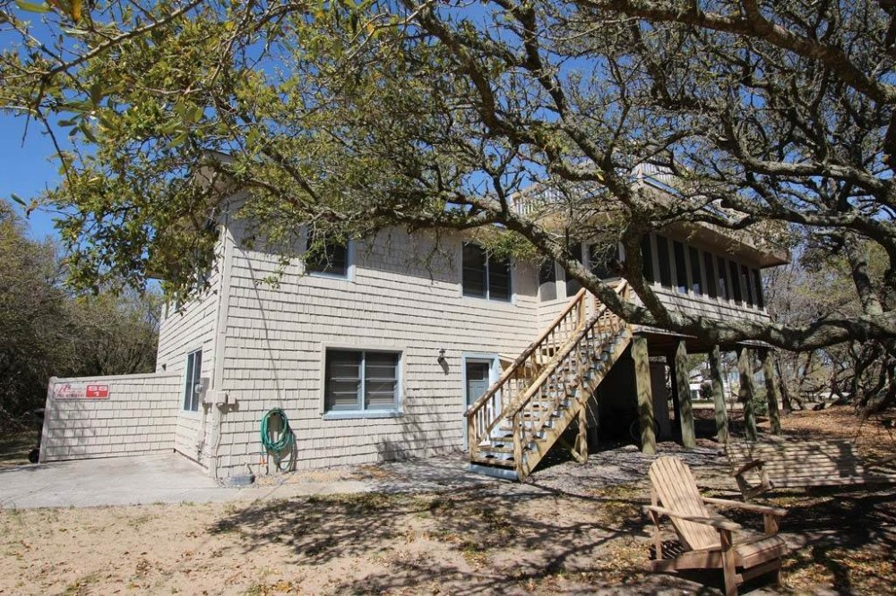Southern Shores vacation rental with Nautica