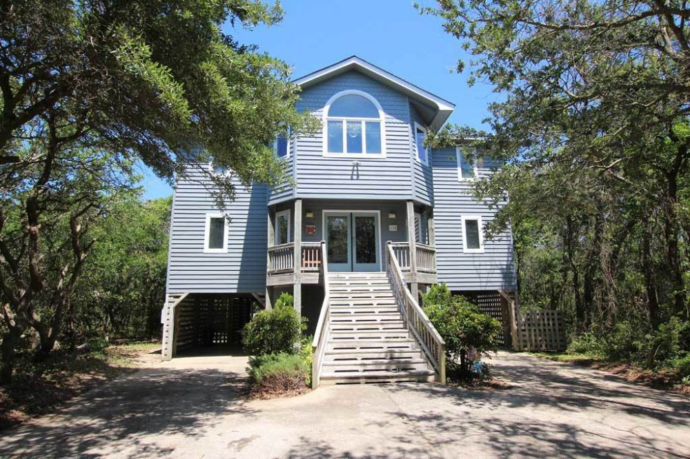 Southern Shores vacation rental with Sandy Pants