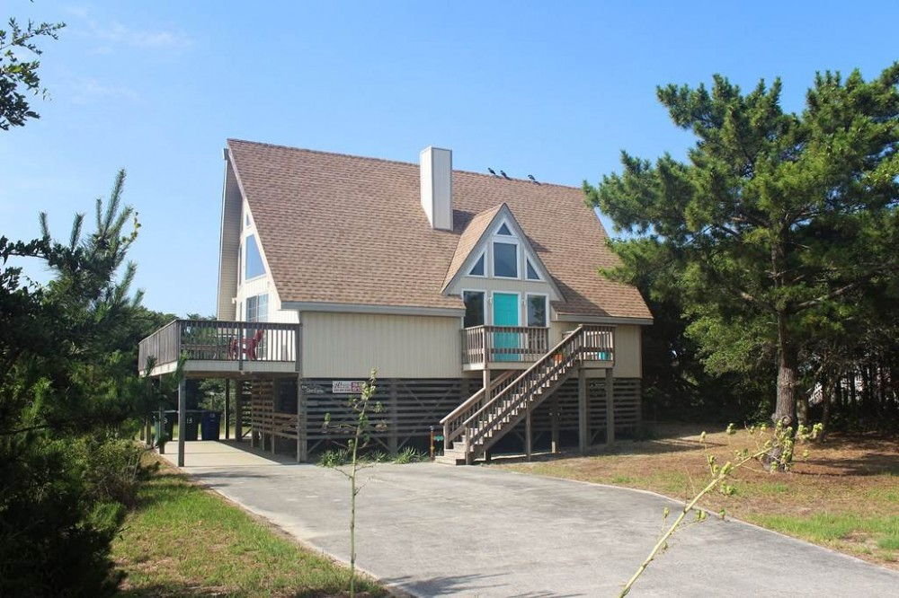Southern Shores vacation rental with Glass Castle