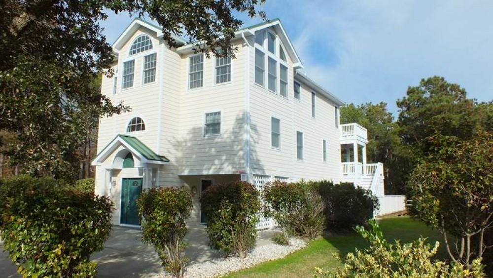 Corolla vacation rental with Inn Sea-Clusion