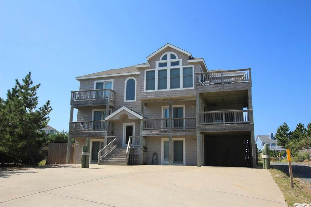 Corolla vacation rental with Castaway