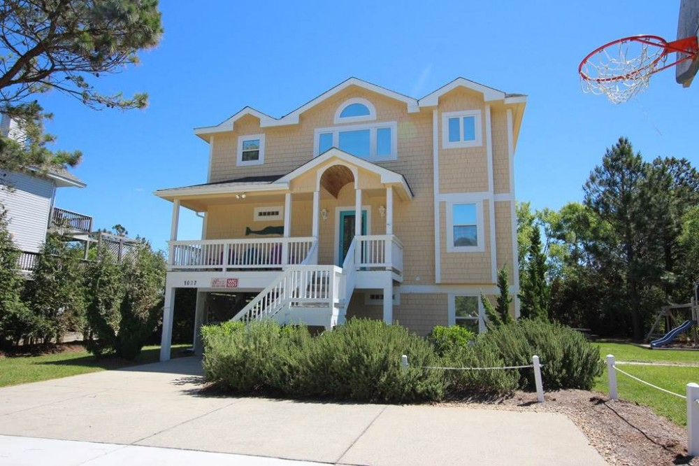 Corolla vacation rental with A Whalehaven