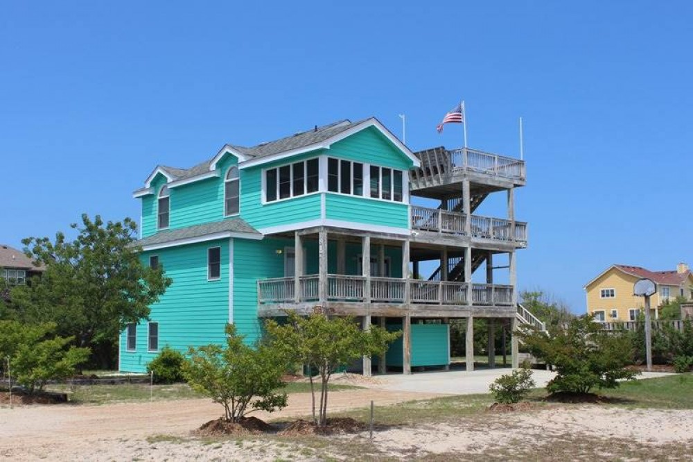 Corolla vacation rental with Dancin   Dolphin