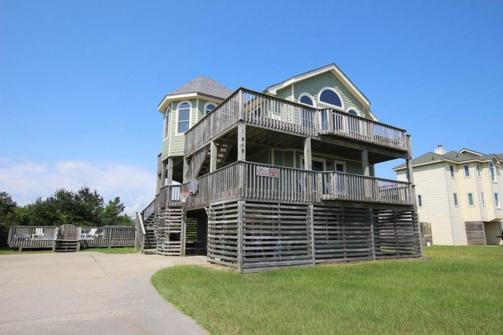 Corolla vacation rental with Whitesands  Too