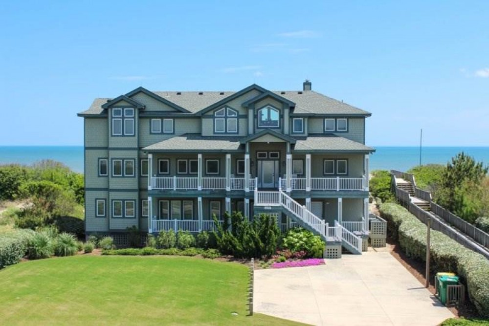 Corolla vacation rental with Ocean Commotion
