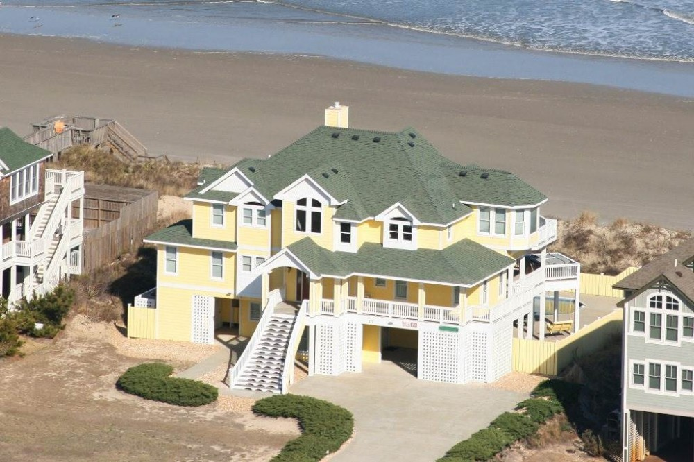 Corolla vacation rental with Summerwind