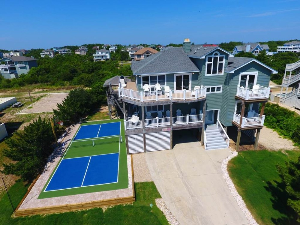 Corolla vacation rental with Whalecome Home