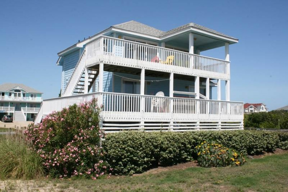 Corolla vacation rental with Sea Watch