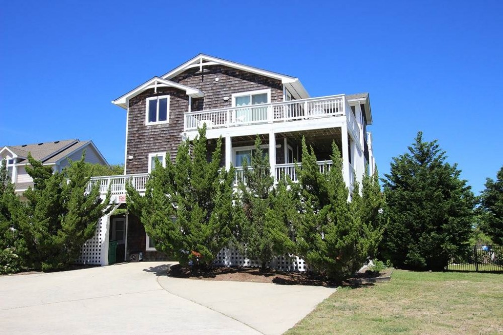 Corolla vacation rental with Nancy  s Vineyard
