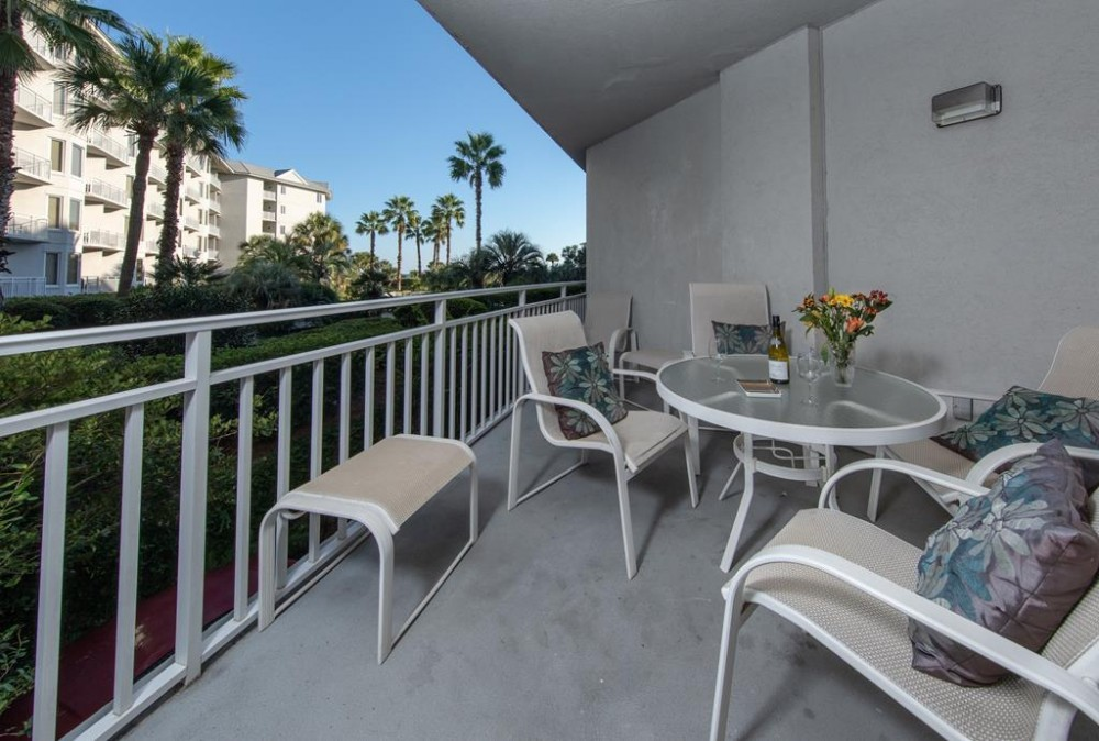 Hilton Head Island vacation rental with Balcony and view of the Horizon