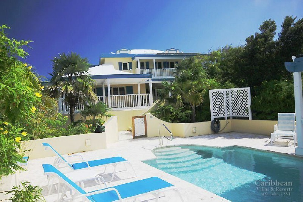 Cruz Bay vacation rental with Come let Le Lapin become your home away from home. This beautiful villa has views of Hart Bay to the south and St Thomas to the west.