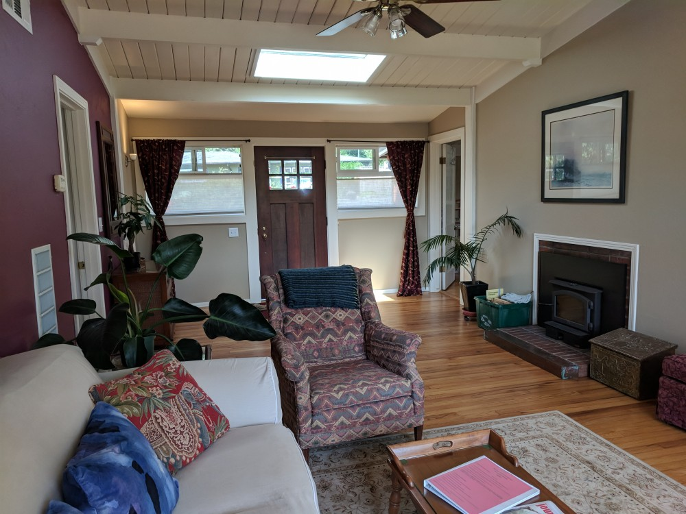 Arcata vacation rental with Arcata Sunshine   Serenity  Comfort   Charm  Close to Parks  HSU  and Plaza