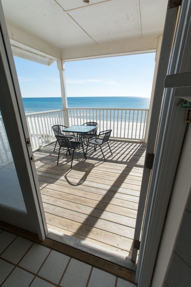 Santa Rosa Beach vacation rental with AWESOME LOCATION GULF FRONT   FREE WiFi
