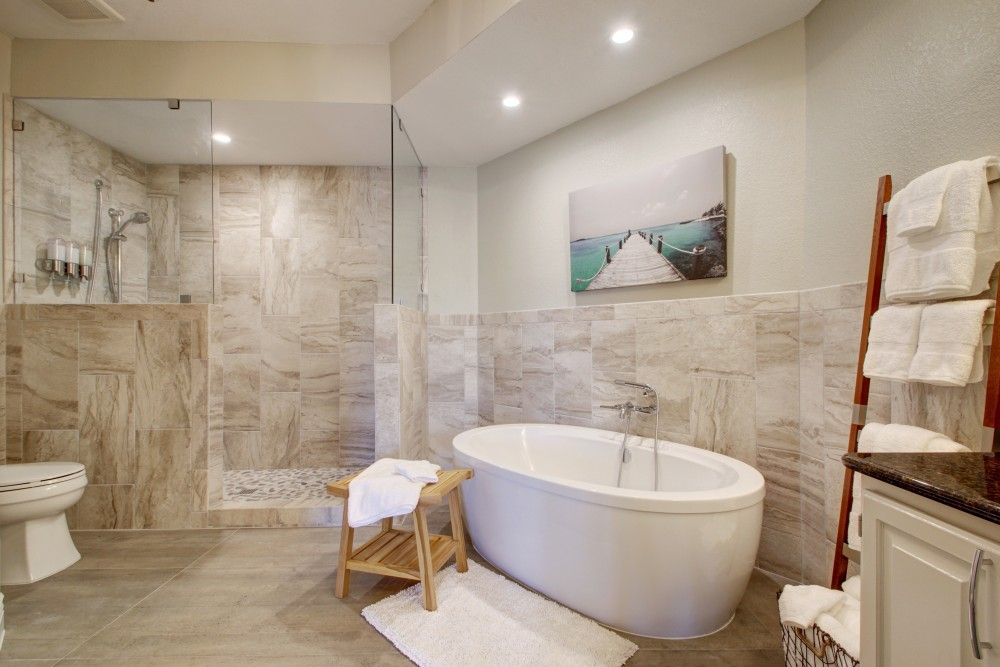 Leander vacation rental with ahhhhh     The special made to order tub is amazing  And look at that shower