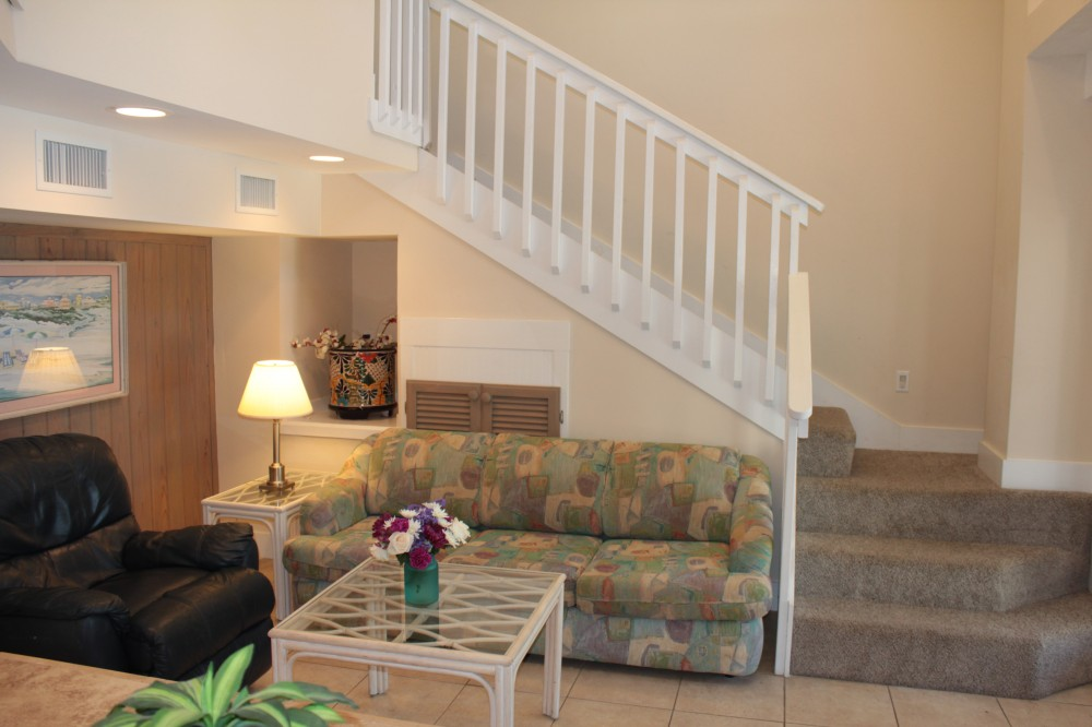 Santa Rosa Beach vacation rental with RIGHT ON THE BEACH COZY APARTMENT  HOME AWAY FROM HOME  FREE WiFi