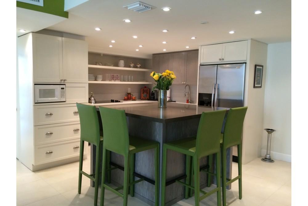 Miami Beach vacation rental with Kitchen