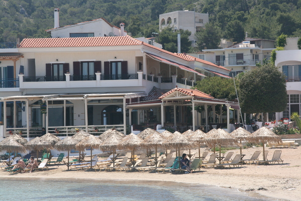 Hotel Aktaion is located on the Skala Beach