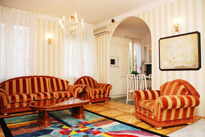 Apartment Aphrodite - 2 Bedroom Kiev Luxury Holiday Rentals