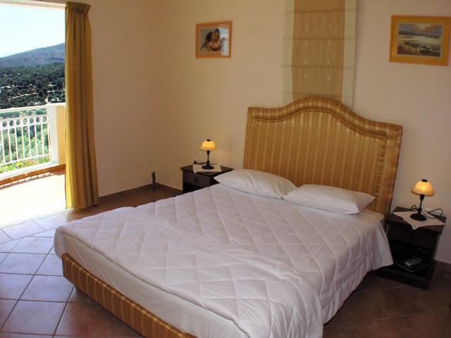 4 Bed Short Term Rental Villa Rethymnon