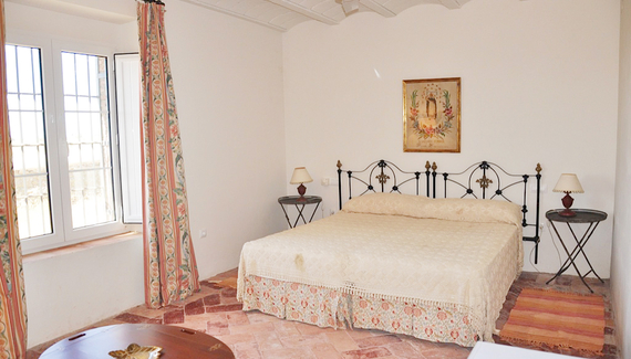4 Bedroom Home in Caceres