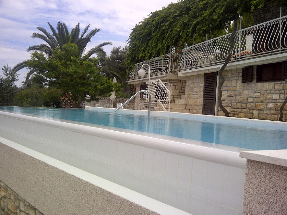 Hvar vacation rental with House front