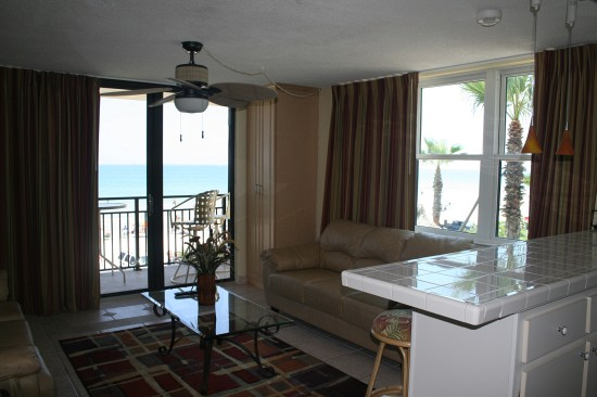 1 Bed Short Term Rental Condo daytona beach shores