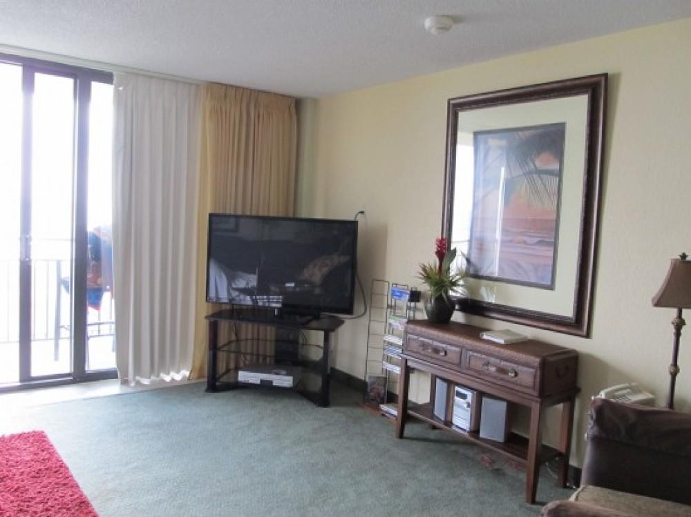 1 Bedroom 1 Bath Oceanfront – Unit 205