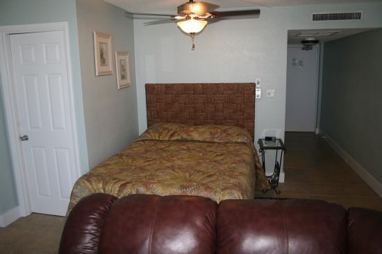 0 Bed Short Term Rental Accommodation daytona beach shores