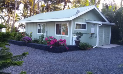 Aloha! This is a vacation home by Kehena Beach and active lava flow
