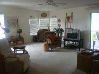 2 Bed Short Term Rental House north fort myers