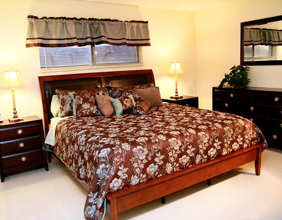 2 Bed Short Term Rental Condo cocoa beach