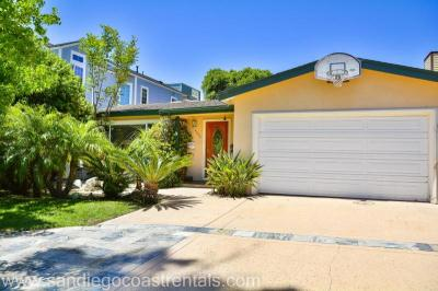 Crown Point Hideaway - Pacific Beach Vacation Rentals