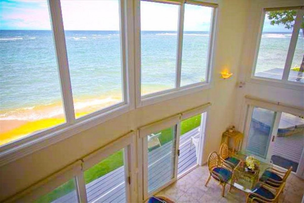 Beachfront Anahola 4 Bedroom/Loft with Fabulous Ocean Views!