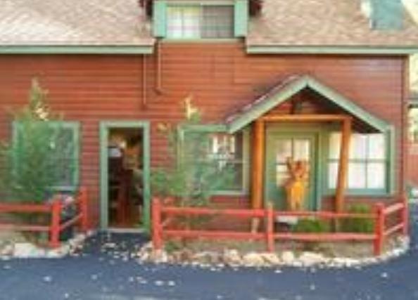 5 Bed Short Term Rental Cabin big bear lake