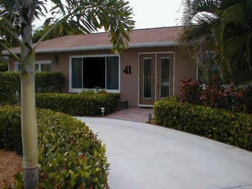 The Bismark - Home Near the Beach-Florida Vacation Rentals