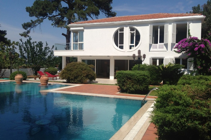 Villa Prinkipo - Istanbul Holiday Rentals