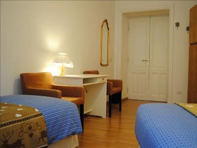 2 Bed Short Term Rental Apartment rome
