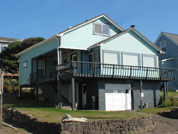 lincoln city vacation rental with