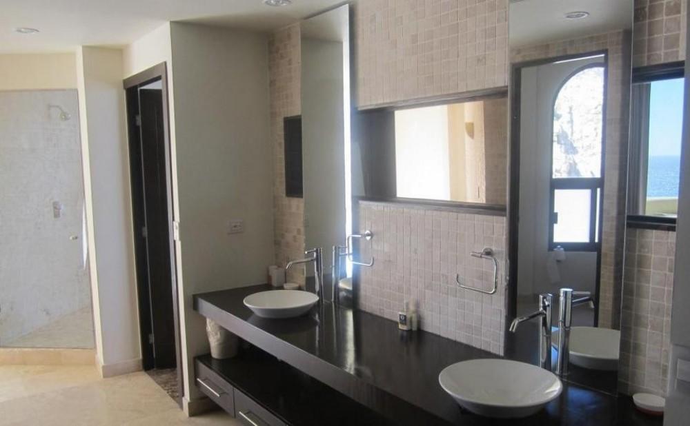 4400 Sq. Ft Terrasol Penthouse - Ritz Carlton Quality !!