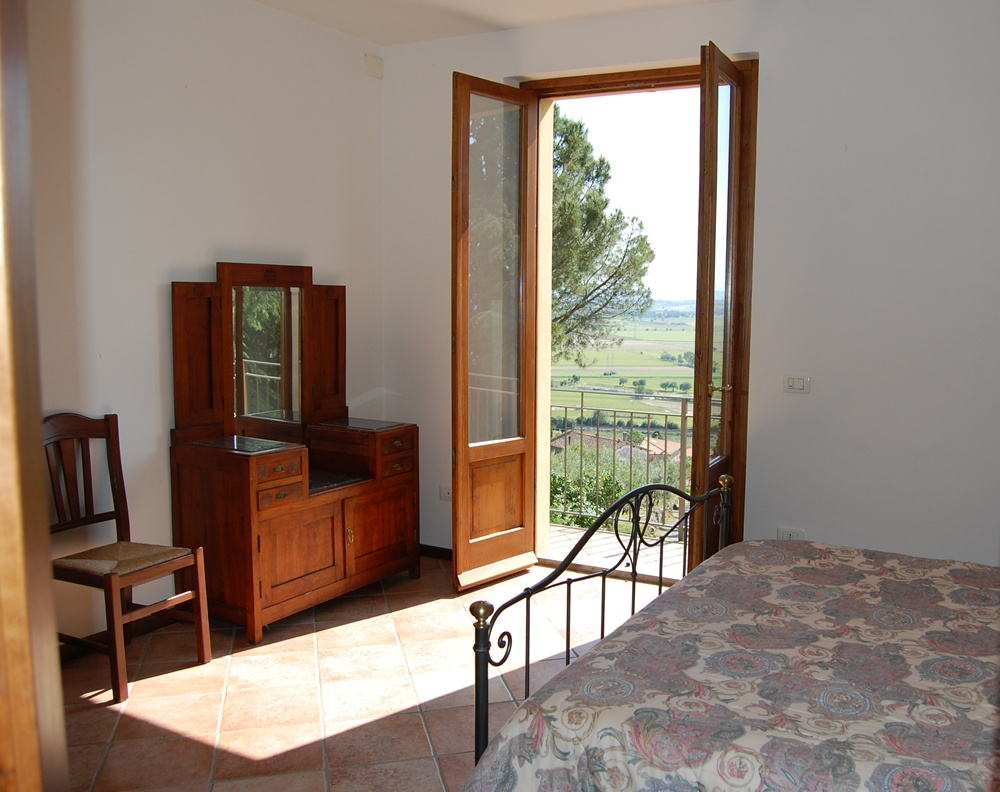 3 Bed Short Term Rental Apartment cortona