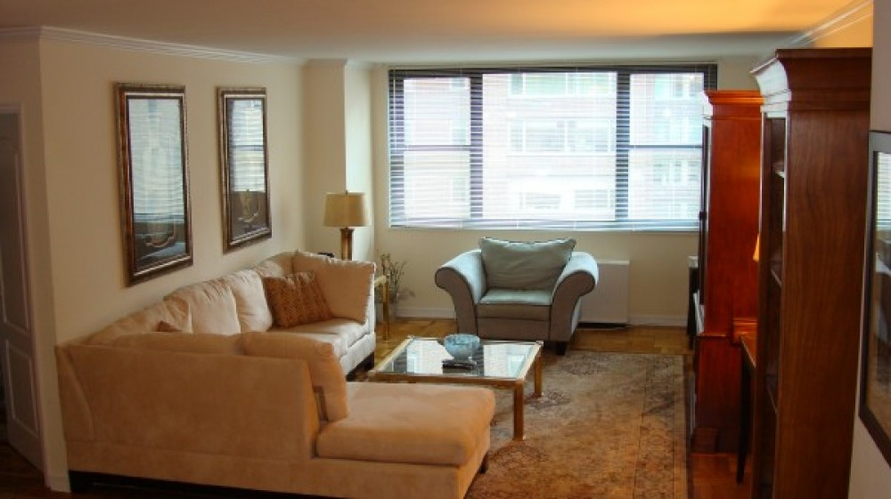 West 57th Street Apt 12 (31782)