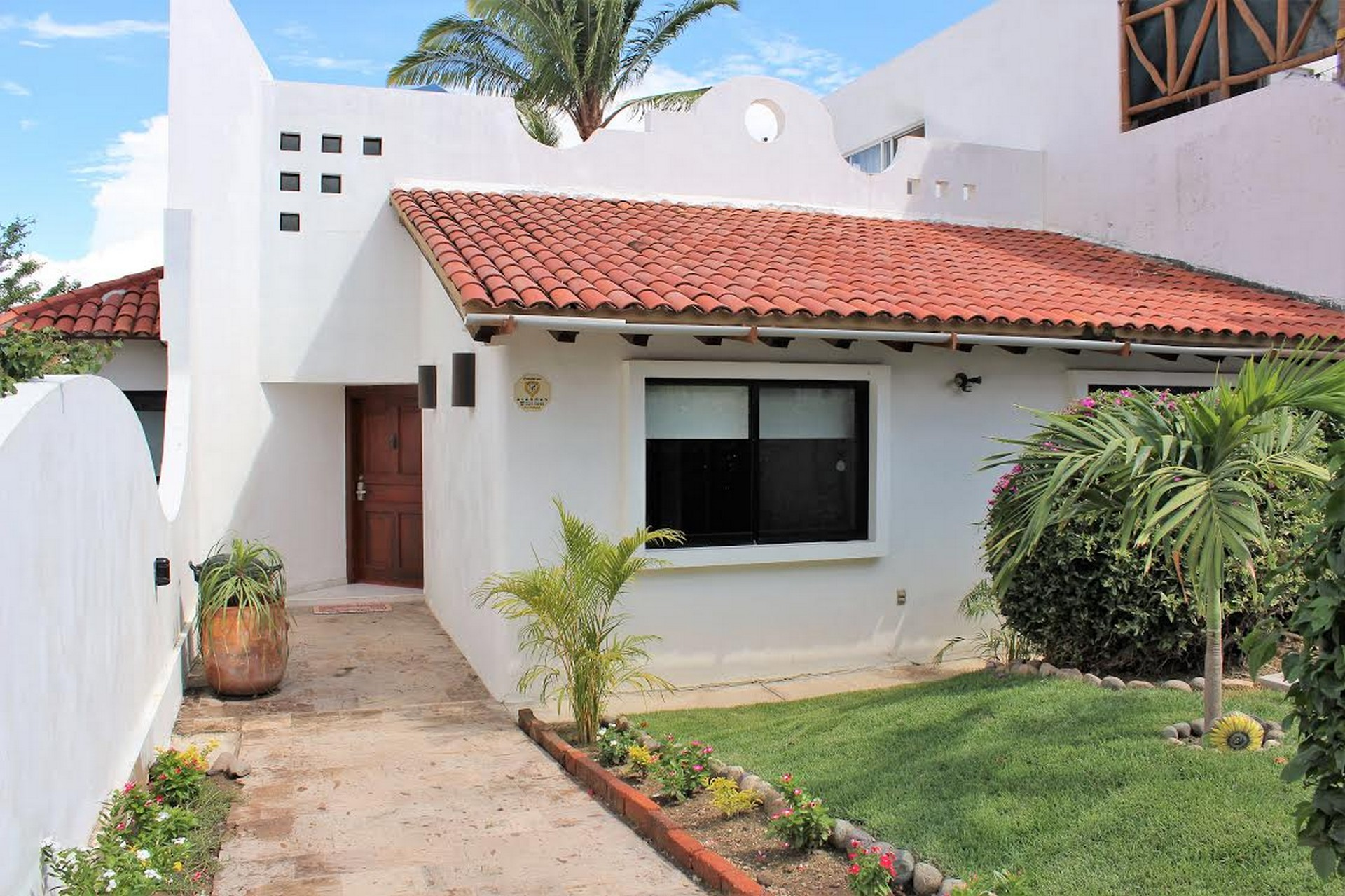 Home Rental Photos Cruz de Huanacaxtle