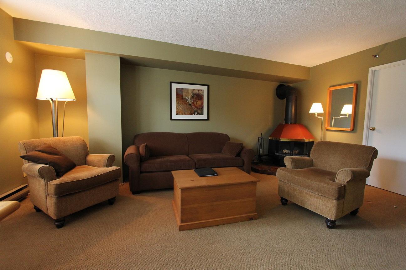 1 Bed Short Term Rental House British Columbia City