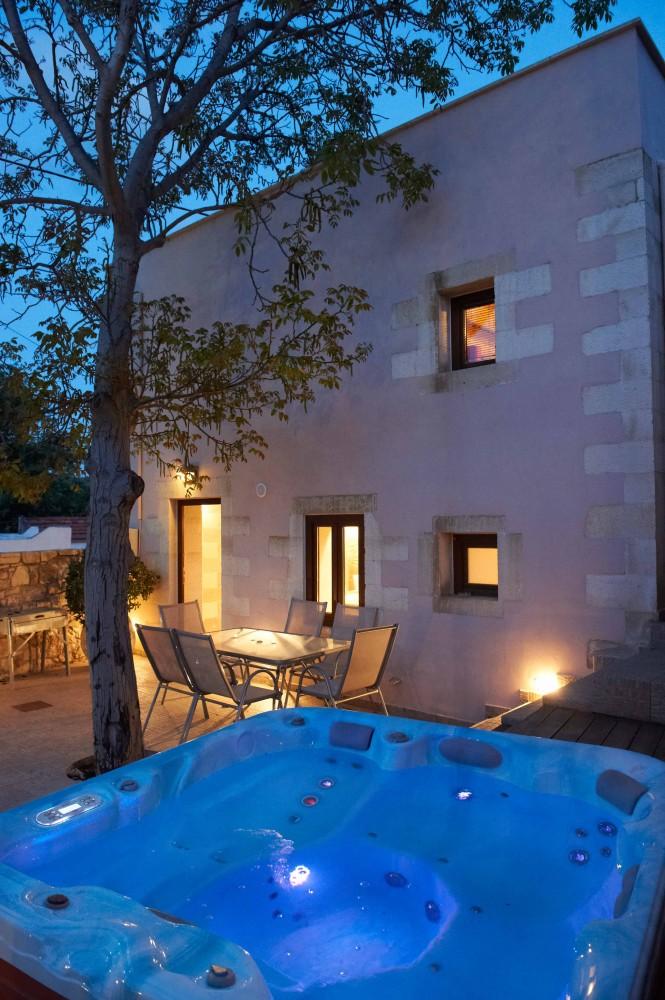VILLA ALADANOS Airbnb Alternative select Crete Rentals