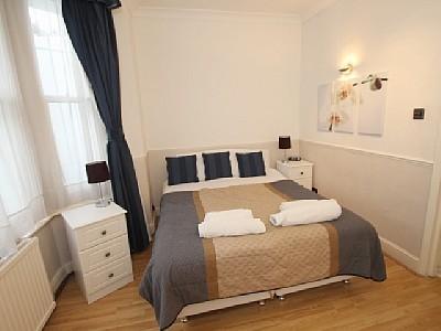 1 Bed Short Term Rental Apartment London