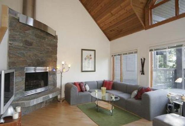 3 Bed Short Term Rental Accommodation British Columbia City