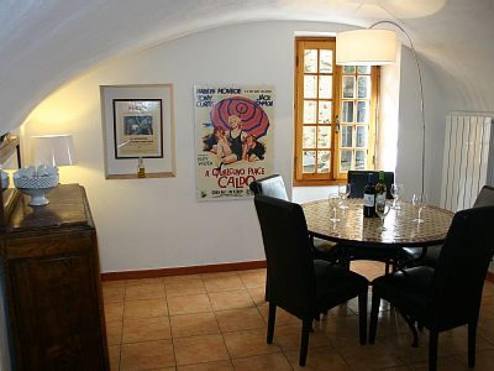 Airbnb Alternative Property in Pigna